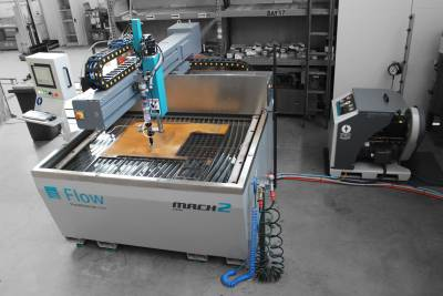 Flow Mach 100 Waterjet System Installation