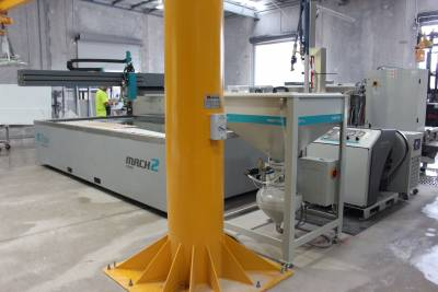 Flow Mach 100 (2B) installation in stone processing factory